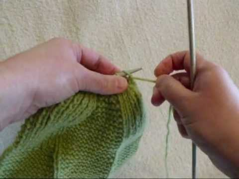 How to Gather Stitches - Knitting Lesson 8 - YouTube