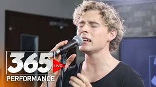 Christopher - Heartbeat (365 Live Performance)
