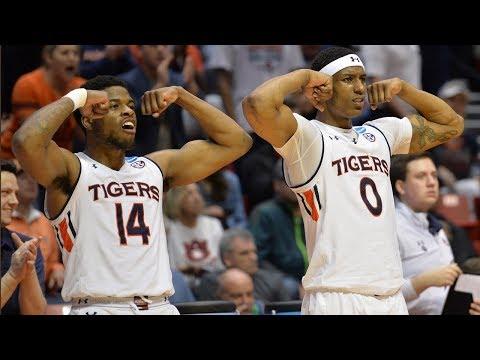 Auburn holds off Charleston to avoid upset, advance in NCAA Tournament