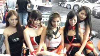 Sexy Racequeens @ Singapore Motorshow 2016