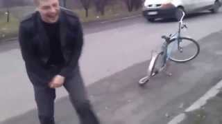 прикол велосипед funny bike(прикол велосипед funny bike прикол велосипед funny bike приколы видео, видео приколы смотреть, funny videos best fails, epic fails,..., 2015-02-12T15:44:01.000Z)