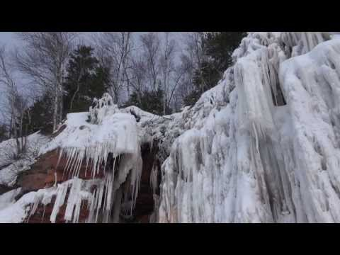 The Apostle Island Sea Caves - Winter of 2014 - a short film