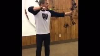 Stephen Amell-practice archery (Martin Archery)