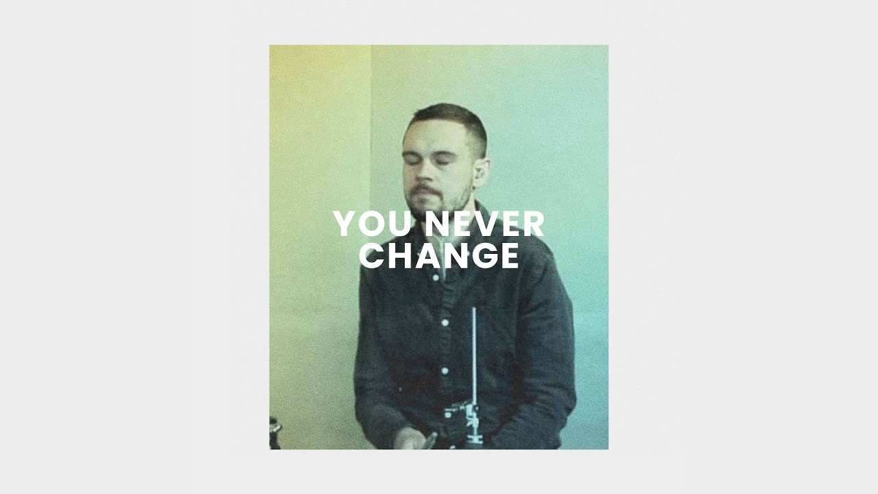 You Never Change (Live) - Simon Brading Cover Image