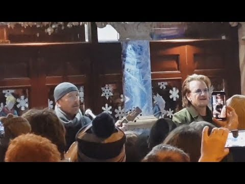 Bono & The Edge - Busking in Dublin on Christmas Eve (2018)