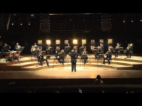 euronews (deutsch): Es klingt, es spielt: Pariser Orchester beendet Coronavirus-Zwangspause