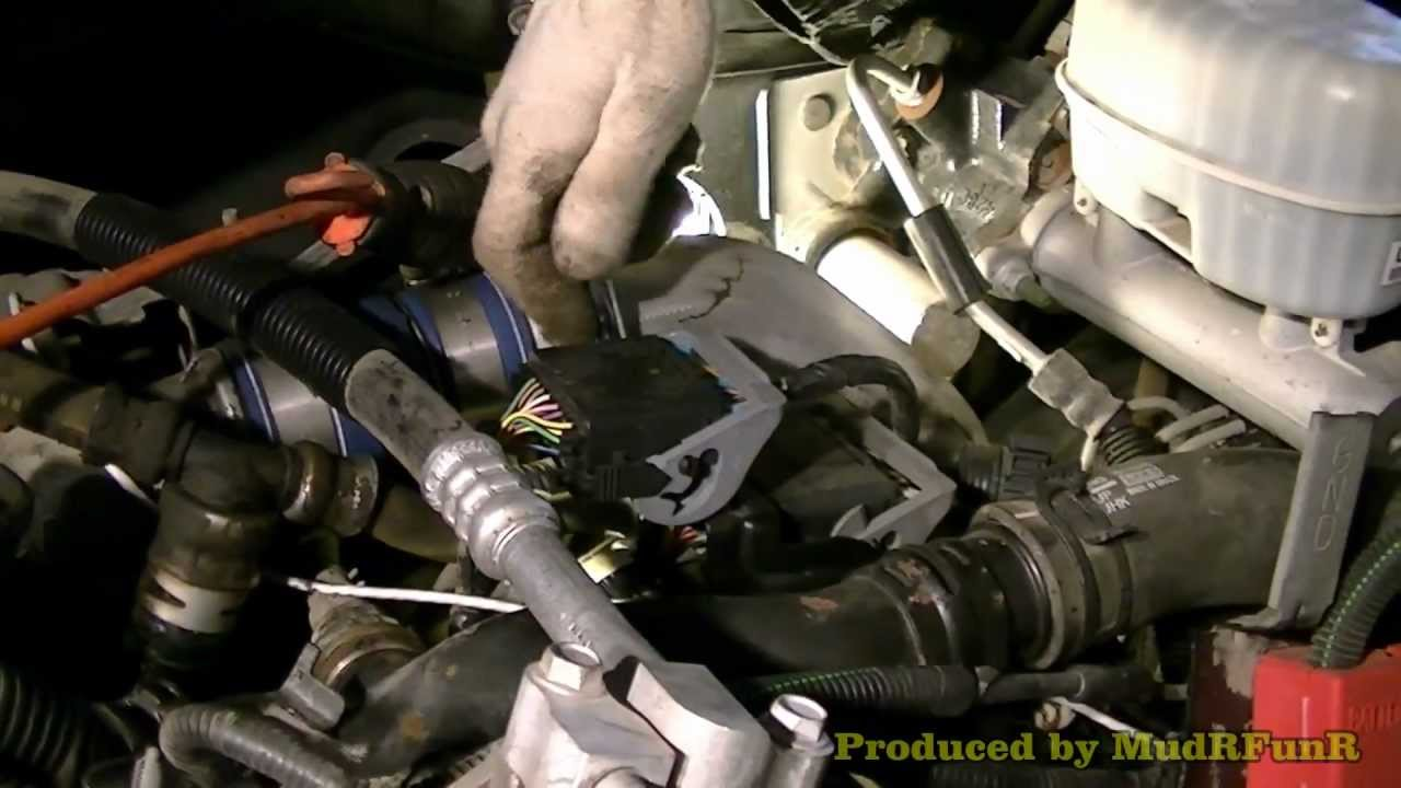 Duramax  Changing Thermostats  04 GMC 2500 HD  YouTube