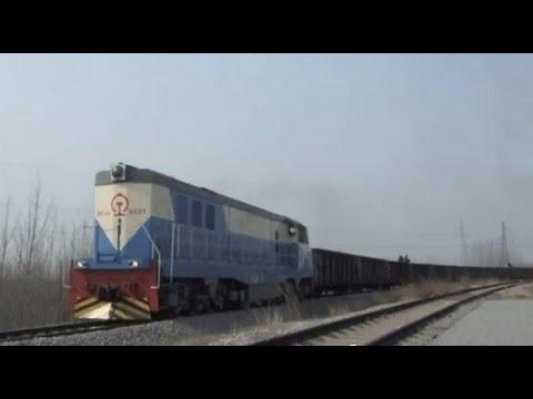 [China Railway]Yanzhou Coal Mining Company Railway DF4DD Freight Train 充州煤業専用線DL貨物