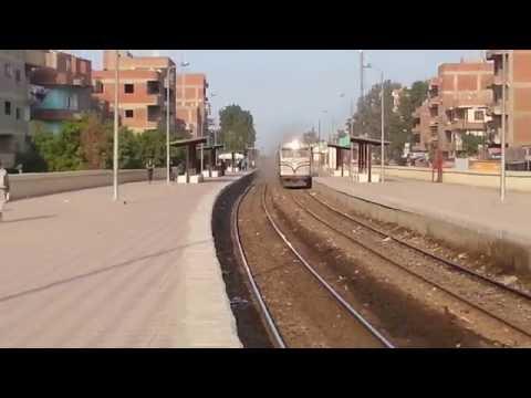 قطار 956 جاى متأخر وفاتح عالاخر Henschel AA22 No:- 3251