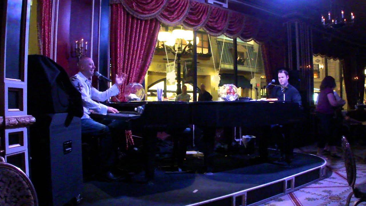 Don 39 t stop believin 39 dueling pianos at napoleon 39 s paris - Hotel las gaunas en logrono ...