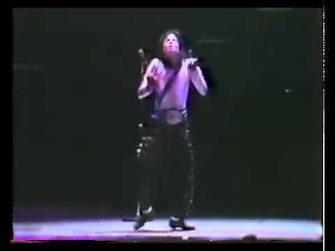 Michael Jackson best robot dance ever(Human Nature)