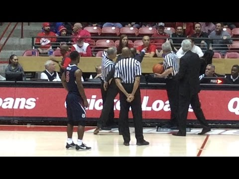 Fresno State coach: UNM fan called his players thugs