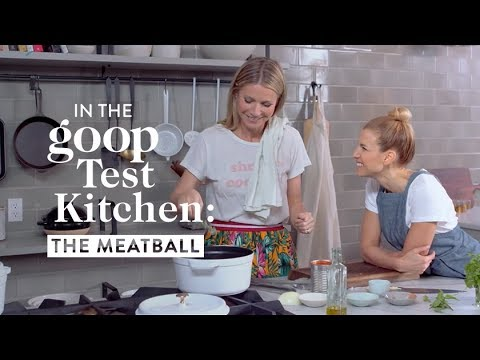 Download Youtube: Battle of the Balls: Gwyneth Paltrow and Jessica Seinfeld in the Kitchen