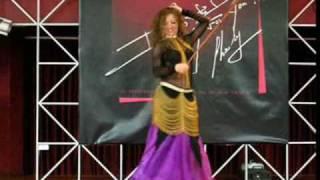 belly dancer MAYA  Raks Assaya