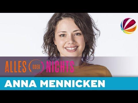 5 Fragen an Anna Mennicken alias Jenni Neumann | Alles oder Nichts | Die neue Daily Soap in SAT.1