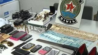 Quadrilha de roubos a ônibus e de carga é presa em Uberlândia - parte 3