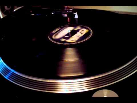Marvellous Cain - 45 Clip Featuring - Frankie Paul{Subbase LP3}.avi