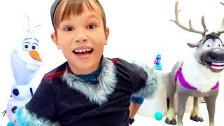 Katy and Max find Giant Magic Surprise Elsa Egg