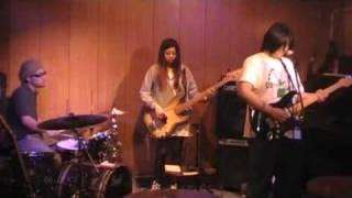 ウーチュイ 「ヌーノのテーマ」 2010.04.02