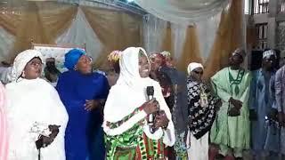 Download Zynab ambato tare da autan faira acikin qasidar makarantar yan faira a ranar taron shekaran jiya