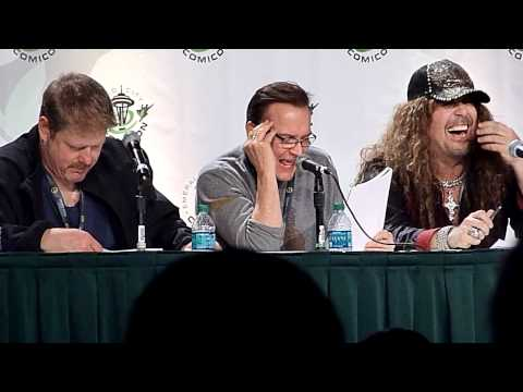 Voice Actors reading Star Wars script panel  7