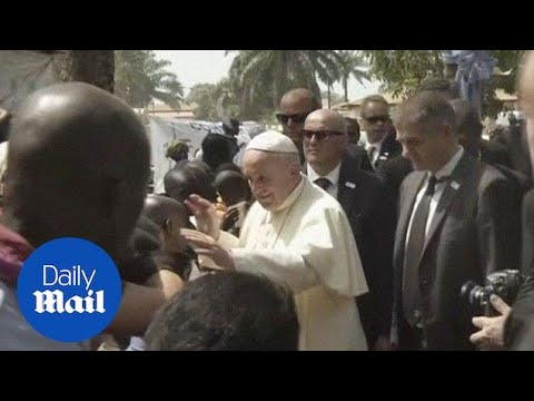 Pope arrives in war-torn Central African Republic - Daily Mail