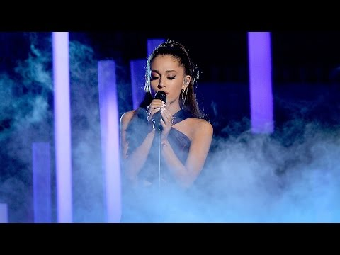 Grammys 2015 Ariana Grande 'Just A Little Bit Of Your Heart' Performance