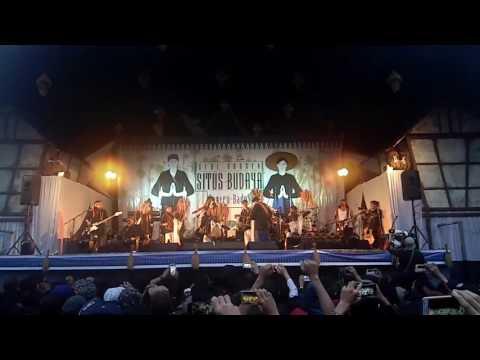 Konser Iwan Fals Desa