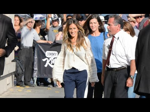 Sarah Jessica Parker Lovely In A Blouse And Slacks At Jimmy Kimmel Live