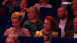 """Артур Пирожков """"Как Челентано"""". Открытие 39 Московского Международного Кинофестиваля."""
