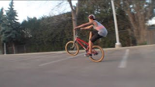 HOW TO MANUAL BMX (EASIEST WAY)