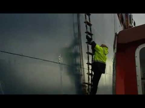 The work of a Pilot on the tidal Thames - a Port of London Authority Film