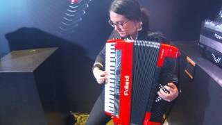 NAMM 2016 Roland FR 8x V-Accordion Performance with Alicia Baker