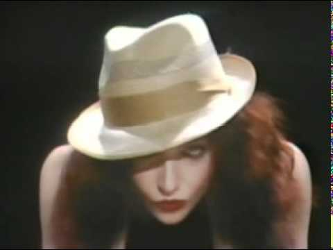 Kate Bush  Hammer Horror & Rolling The Ball