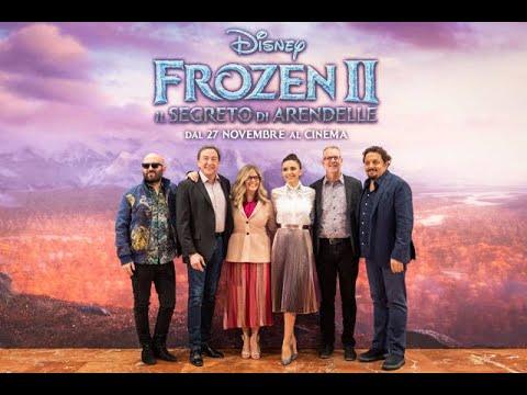 Frozen 2: I doppiatori cantano Nell'Ignoto sul red carpet a Roma
