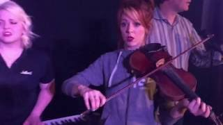 Lindsey Stirling gets laughed at while on stage!! (mannequin challenge)
