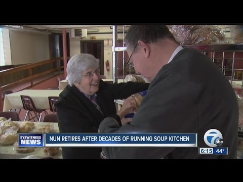 """""""Mother Teresa of South Buffalo"""" retires from after running soup kitchen for 30+ years"""