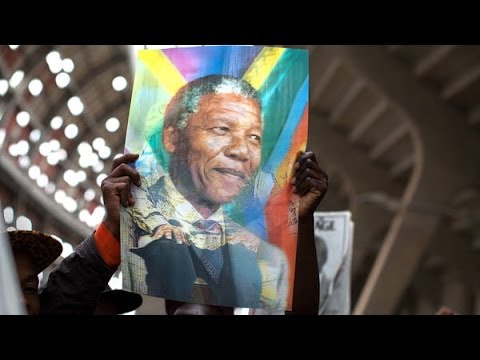 Scores of World Leaders Gather to Mourn Nelson Mandela