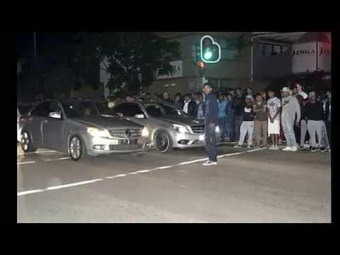 '''''Must Watch''' Durban street races