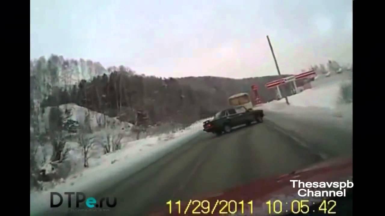 видео про гололед на авто