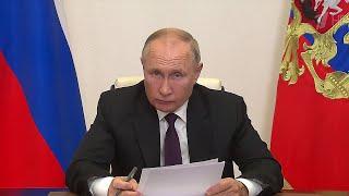 Развитие Адыгеи в центре внимания президента на встрече с главой региона Муратом Кумпиловым.
