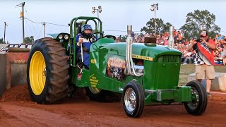 SMALL BLOCK V8 ECONOMY MODIFIED TRACTORS pulling at Farmville August 2014 DRAGON MOTORSPORTS