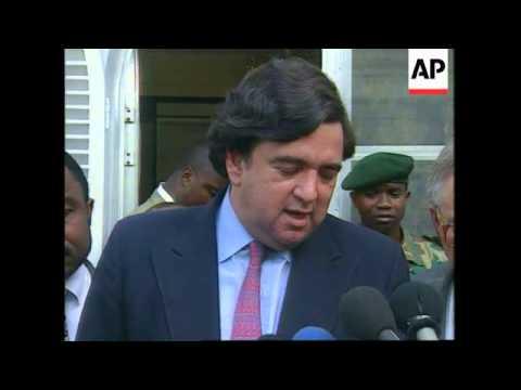 ZAIRE: US AMBASSADOR TO UN BILL RICHARDSON MEETS PRESIDENT MOBUTU