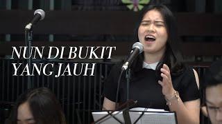 Download lagu NKB 083 - Nun di Bukit yang Jauh // GKI Orchestra