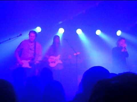Amanda Bergman - Falcons  (live Huskvarna Folkets Park)