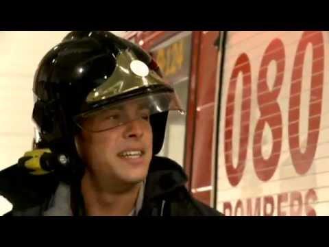 Mario cumple su sueño de ser bombero (Usted Perdone).mp4