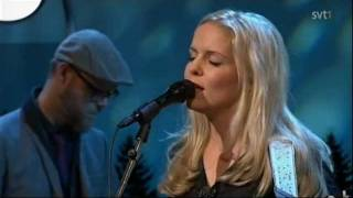 Sofia Karlsson - Kom änglar (Live, På spåret, Dec. 2011)