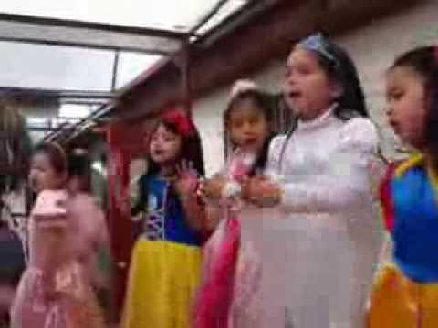 Bailando con canciones de Violeta   Cepel Escuela Travel Video
