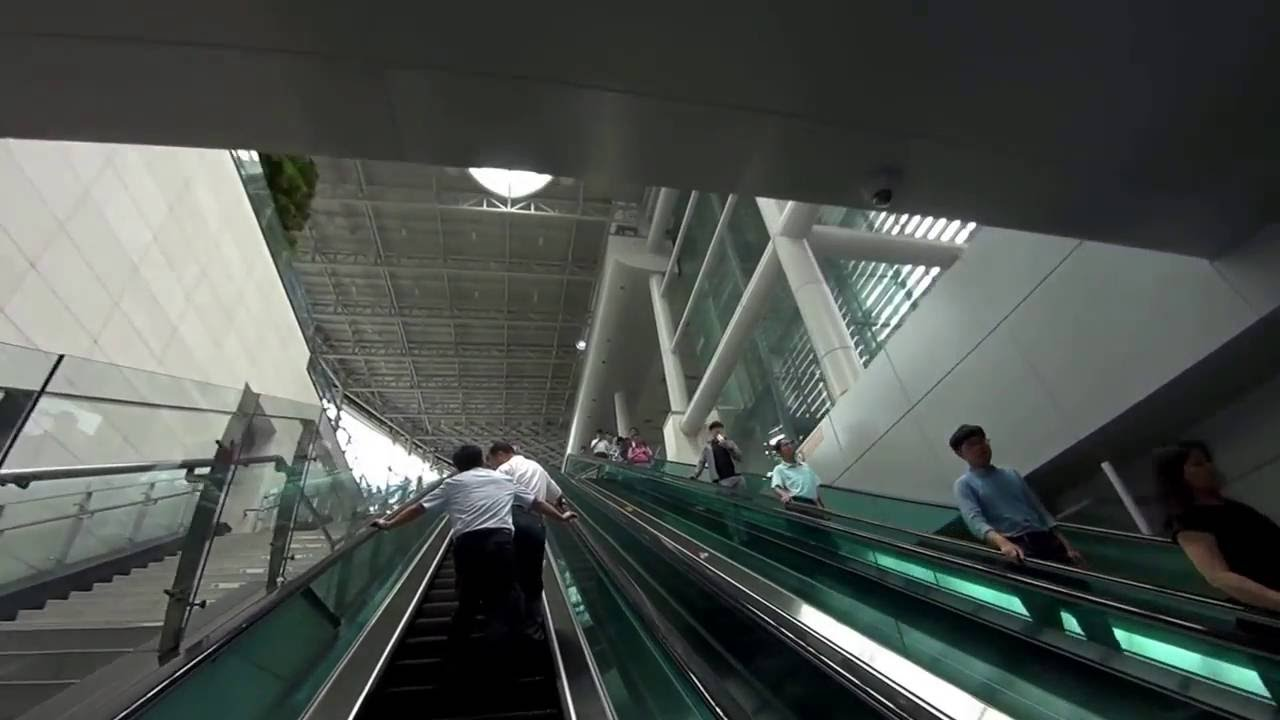 202 House Seoulstation How To Get Our Hotel From Seoul Station Via Exit 15 Arex Youtube