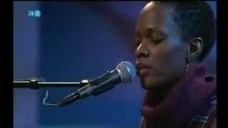 Renee Neufville  - Quiet/December (Live Burghausen 2005)
